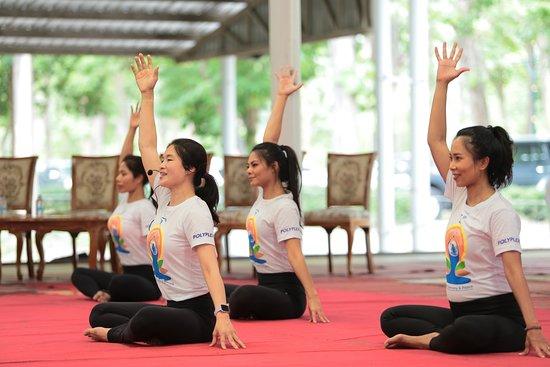 Yoga Ananda Chiangmai