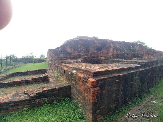 Angulimala Stupa