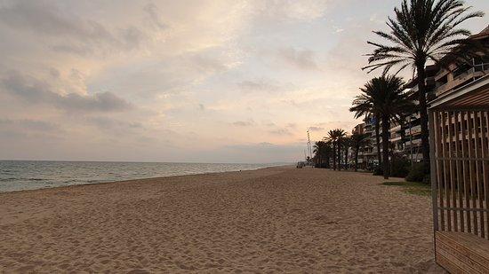 Segur de Calafell, Spanien: Difficile d'être bousculé