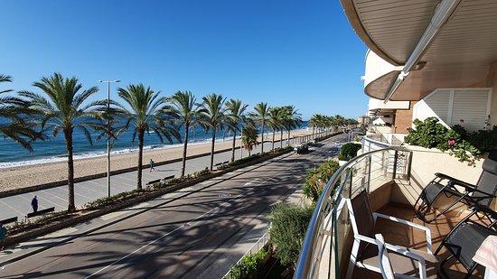Segur de Calafell, Spanien: Le bonheur de se lever avec cette magnifique vue
