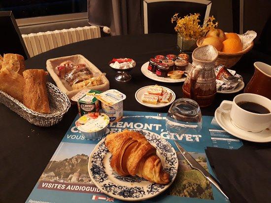 Haybes, Frankrijk: wat een ontbijt voor 1 persoon
