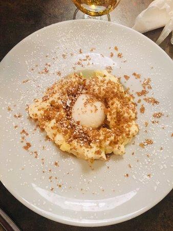 Espuma de pomme golden et son sorbet : frais, croustillant, fondant, à la fois leger et gourmand, un doux paradoxe !
