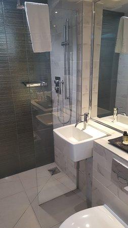 Seven Hotel Southend On Sea Tripadvisor, Towel Racks In Small Bathrooms