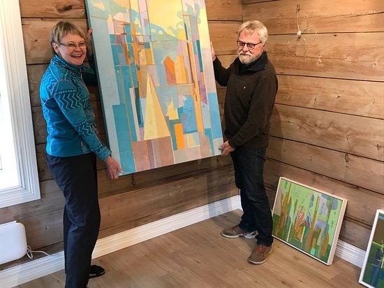 Hjelmeland, Norge: The wellknowm\n Norwegian painter Nils Eger before his exhibition in October 2019