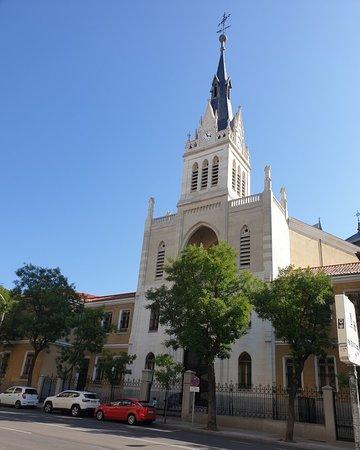 Beautiful church along Calle Fuencarral.