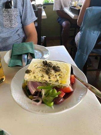 Εστιατόριο Σχολαρχείον Φωτογραφία