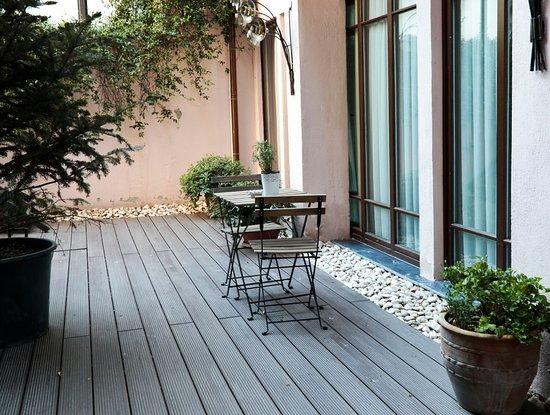 Georges Hotel Galata: Garden suite