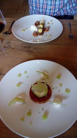 Desserts machen Lust auf mehr, Variationen vom Apfel vorne...