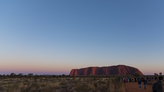 4-Day Camping Trip from Ayers Rock Including Uluru, Kata Tjuta and Kings Canyon: sunrise at Uluru