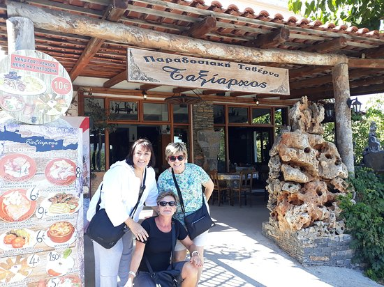 Zeus Cave & Lassithi Plateau (Safari Adventure Offroad Excursion): Najedzone po pysznym obiadku!