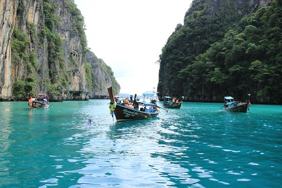 Phi Phi Sunrise from Phuket: Pileh Lagoon
