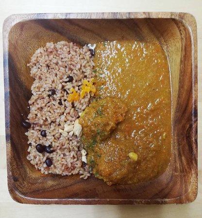 1日限定数食の酵素玄米とフランスカレー French curry with brown rice
