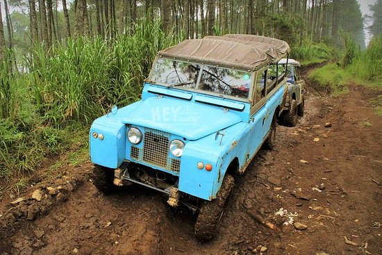West Bandung Off Road Tour: Land Rover...