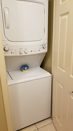 Bluebelle Villa 2404 Washer/Dryer