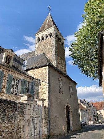 Une église, témoin d'une histoire et quelques jolies choses à découvrir pour les amateurs de patrimoine
