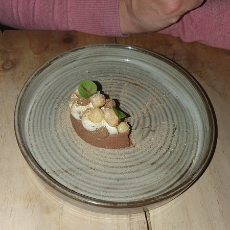Absolutely fantastic taster meal with 7 courses in the wonderful intimate restaurant in Newbury.