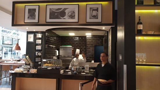 convenient location with delicious breakfast