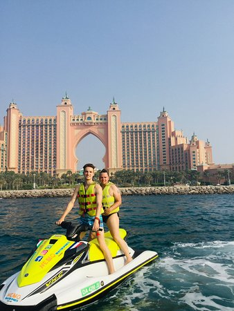 Atlabtis on top of Palm Jumeirah