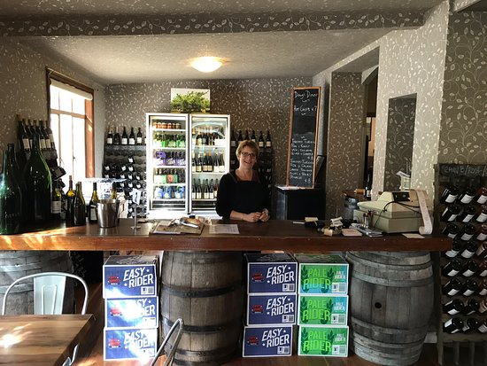 Kellybrook Winery and Restaurant