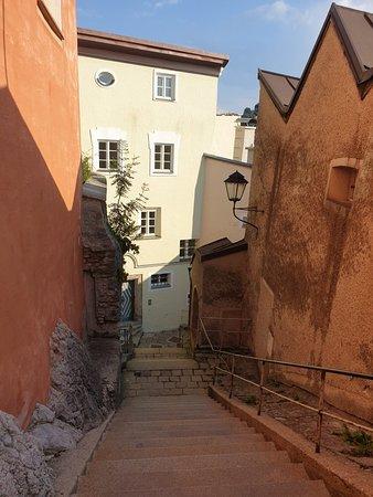 Rückweg vom Kapuzinerweg in die Altstadt
