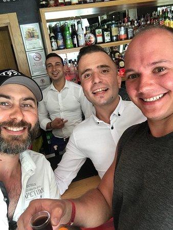 Irish pub team and visitors