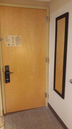 Πόρτα εσωτερικά...
