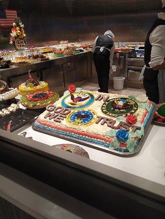 Cake area deck 8 buffet, MSC Seaside