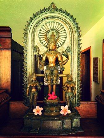 Kilauea, Hawái: Dhanwanthari - God of Ayurveda