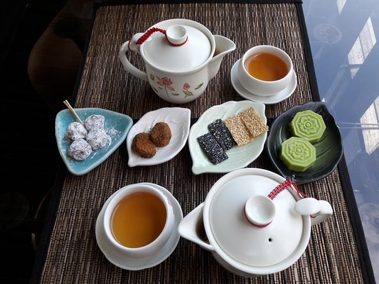 Tea & dessert from A Mei Tea House