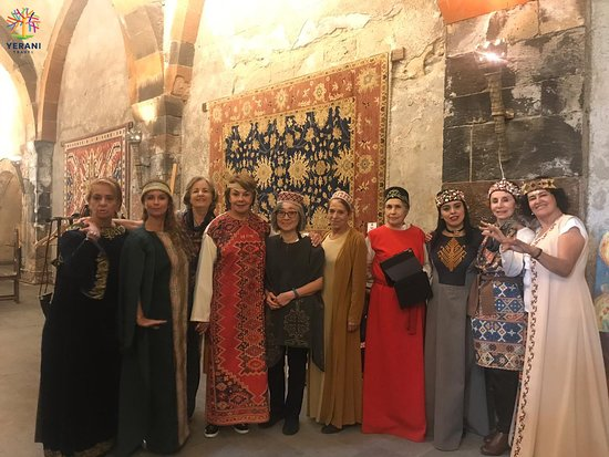 Our tourists from Mexico․☺️ _____ #Armenia #travel #YeraniTravel #tourism #tours #traveling #toursinArmenia #travelinArmenia #traditions #armenian #armeniantraditions