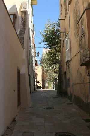 bien aimé la visite de la citadelle en particulier ses ruelles étroites