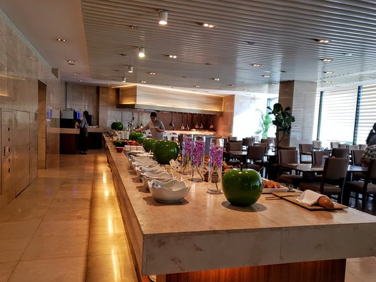 Breakfast Buffet at Four Points by Sheraton Seoul Guro