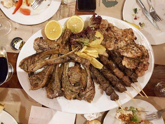 Ekeimeros Restaurant
