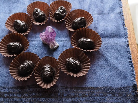 raw vegan chocolate pieces - buddha shape design