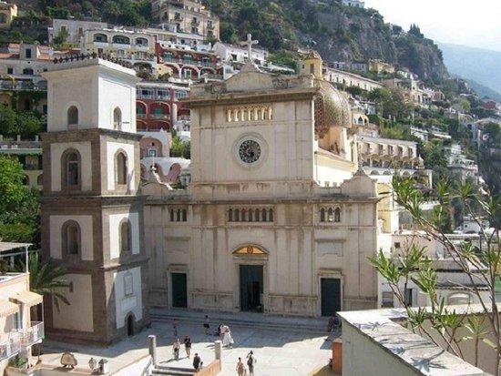 Positano, Italia: chiesa