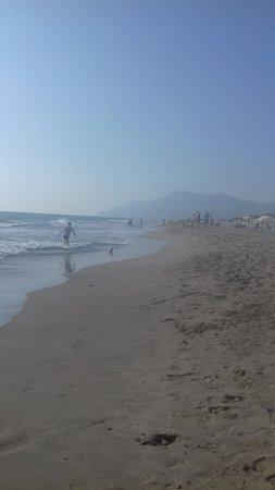 uçsuz bucaksız plaj