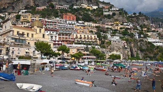 Positano, Italia: spiaggia garnde