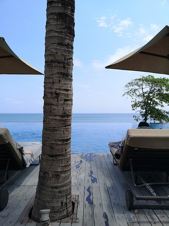 Infinity pool, adults only pool