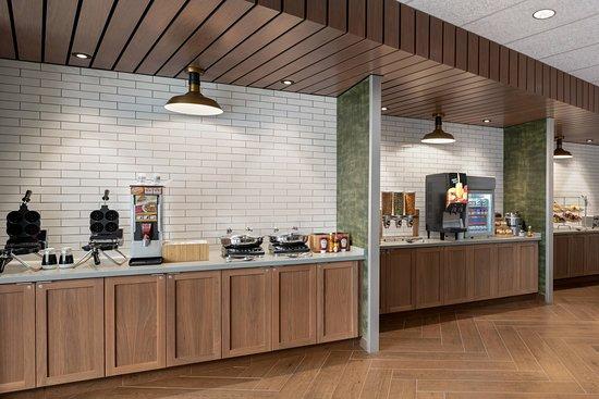 Fairfield Inn and Suites Milwaukee West: Restaurant