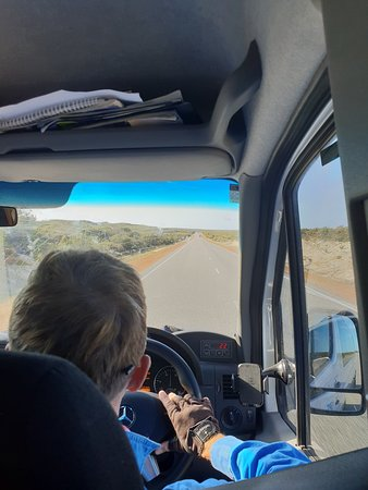 Pinnacles Desert Sunset Stargazing Tour: GPS Adventures on the road