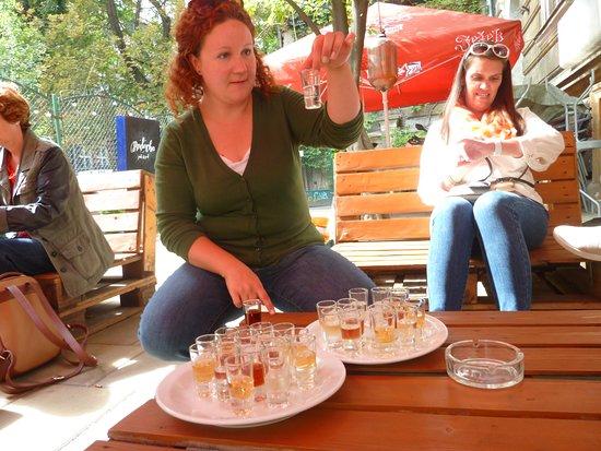 Essen & Wodka von Krakau: try 5 shots of vodka