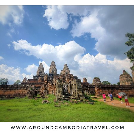 Pre Rup(Khmer:ប្រាសាទប្រែរូប) is aHindutemple atAngkor,Cambodia, built as the state temple ofKhmerkingRajendravarmanand dedicated in 961 or early 962. It is atemple mountainof combinedbrick,lateriteandsandstoneconstruction.