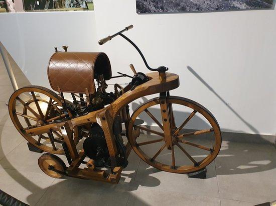 Amman, Yordania: The first bike