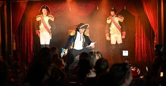 Cabaret La Belle Rose Dinner and Show