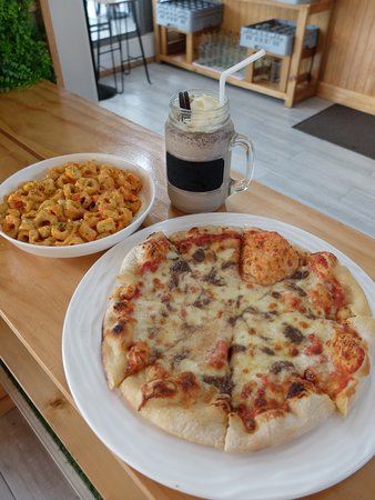 Pizza and pasta and oreo shake