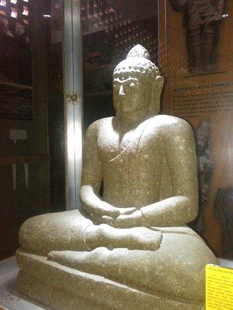 Arca Buddha Gautama
