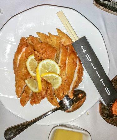 Pollo al Limón, un plato suculento y muy bien servido.