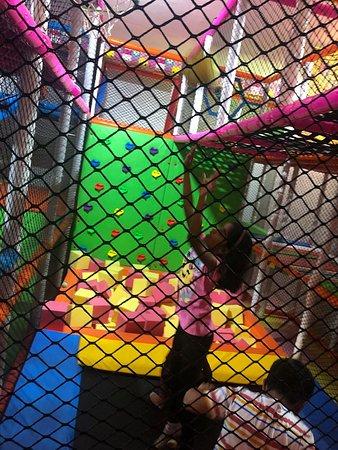 Indoor Play area games for Kids in Pune