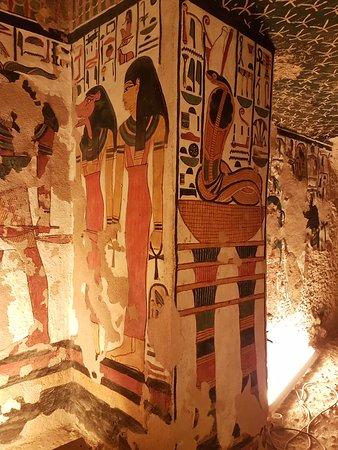 Tomb of Queen Nefertari