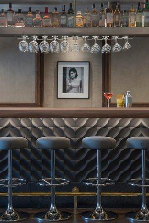 TANNUR Bar